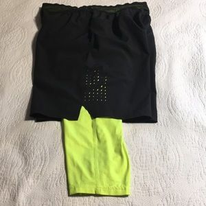 Russell athletic 2 in 1 training/running shorts. M